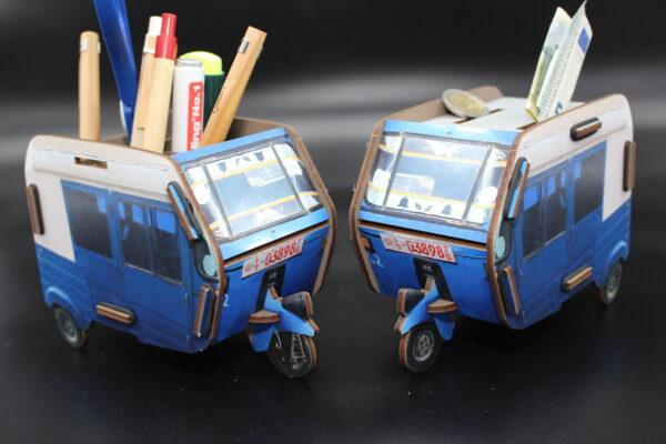 Sie möchten Ihren Schreibtisch originell aufräumen? Dann verwenden Sie diese Twinbox einfach als Stifthalter.