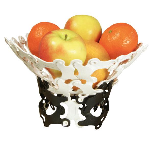 Vielleicht etwas Nützliches, wie eine Obstschale? Grenzen können Sie sich nur selbst setzen.