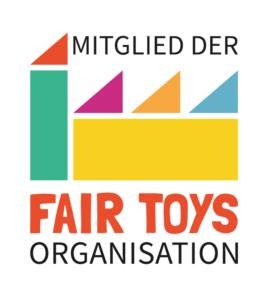 Uns ist es nicht nur wichtig, ob Sie nachhaltige Produkte bei uns finden! Uns sind die Bedingungen derer, die diese Spiele produzieren, ebenso wichtig – darum sind wir Mitglied der Fair Toys Organisation