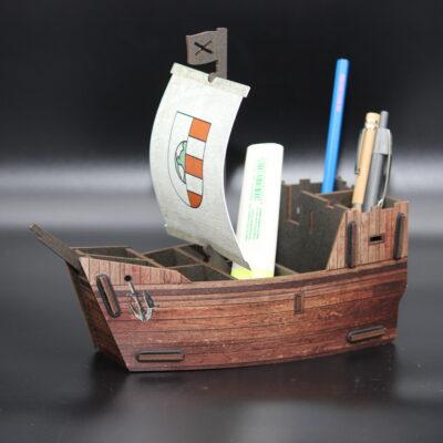 Machen Sie Ihren Schreibtisch zu einem Weltmeer und sammeln Sie keine Goldmünzen, sondern Ihre Stifte